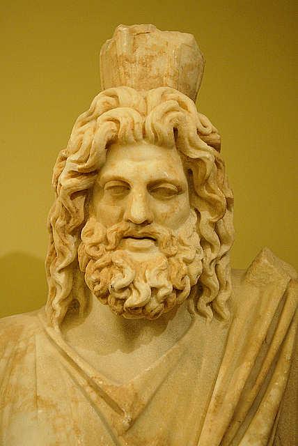 Statue of Ζεύς (image by Luigi Rosa)